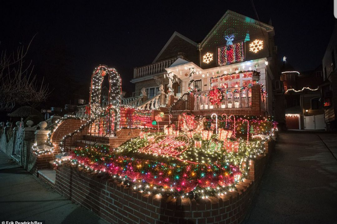 Dyker Heights Brooklyn Christmas Lights.Dyker Heights Christmas Lights 2018 Uber Drivers Forum