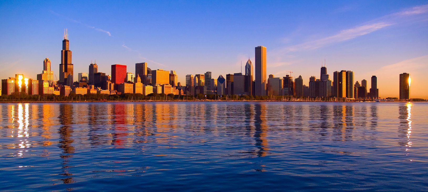 Chicago-skyline-from-Adler-Planetarium-sunrise.jpg