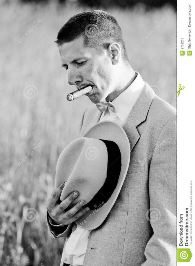 vintage-man-mourning-photo-2759236.jpg